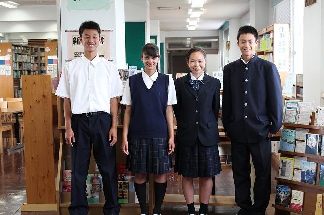生徒制服写真
